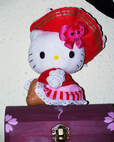 hello kitty pirate doll