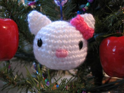 hello kitty crochet ornament