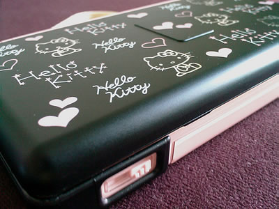 hello kitty ds lite black with pink markings