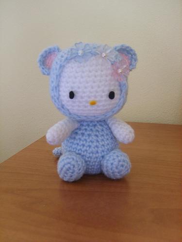 hello kitty amigurumi mouse
