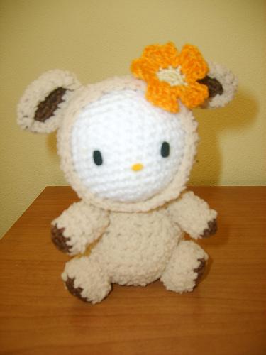 hello kitty amigurumi sheep