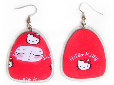 hello_ itty matryoshka earrings