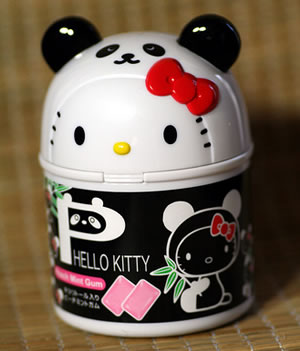 hello kitty panda gum