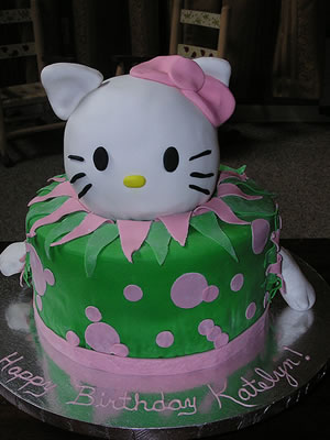 hello kitty cake, green with 3d kitty