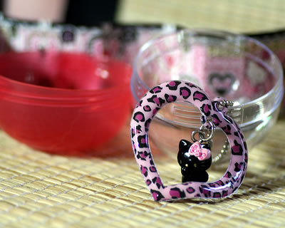 hello kitty toy capsule keychain