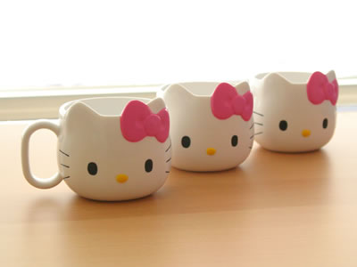 hello kitty die cut mugs