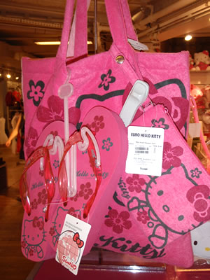 hello kitty paris beach bag and flip flops