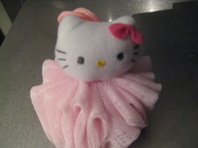 hello kitty travel kit bath sponge