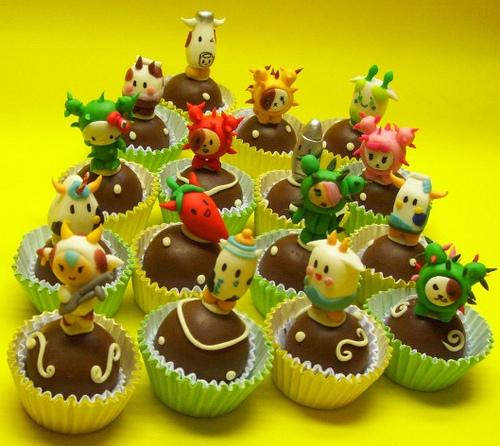 hello kitty tokidoki cupcakes